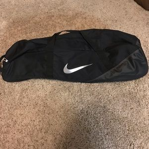 Nike Baseball Softball Bat Carry Duffle Bag NWT